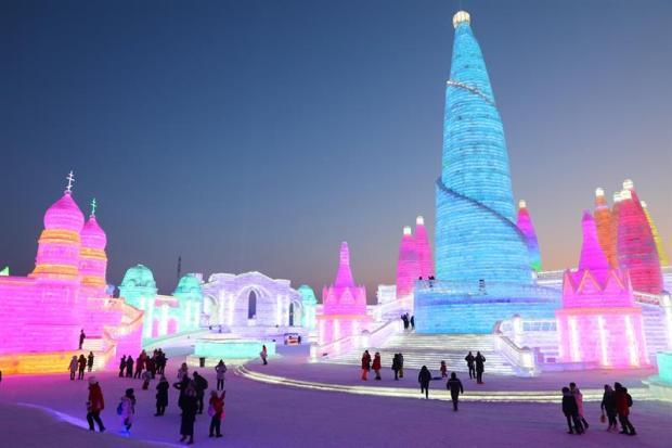 Gigantes de hielo: espectacular festival de esculturas a -22 grados