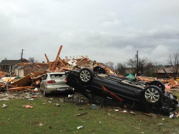 Fotos: tornados asesinos causan estragos en Texas