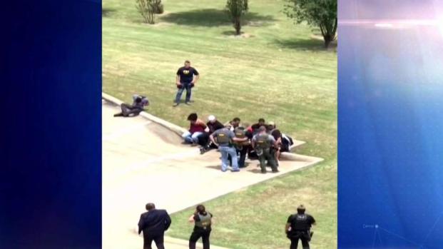 """[TLMD - Dallas] Desmantelan red de """"narcos"""" que operaban en aeropuerto"""