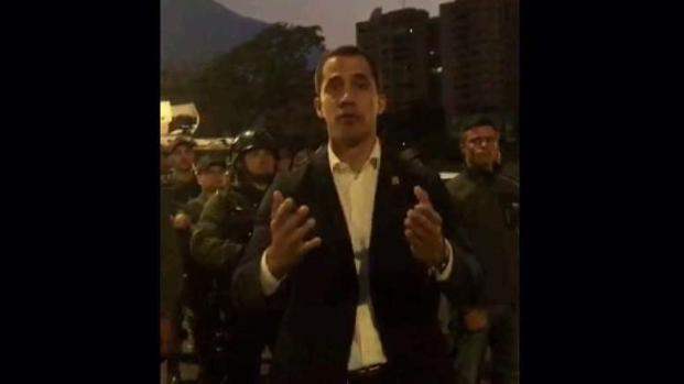 [TLMD - MIA] Guaidó anuncia respaldo de las Fuerzas Armadas y reaparece Leopoldo López
