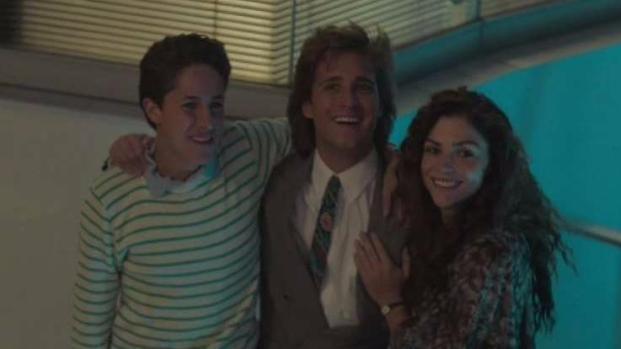 Luis Miguel, la serie: Micky despide a su padre como mánager