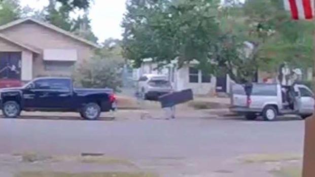 [TLMD - Dallas] Más de 160 robos a vehículos en Oak Cliff