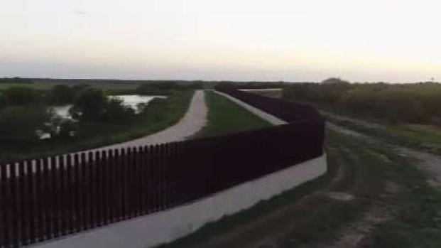 [TLMD - LV] Revelan recortes para construir el muro fronterizo
