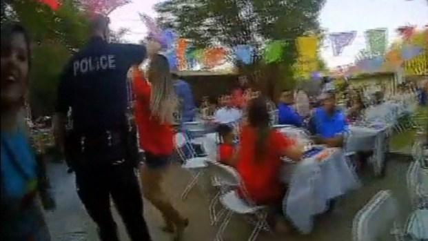 [TLMD - Dallas] Policías de Carrollton se meten a bailar a una fiesta