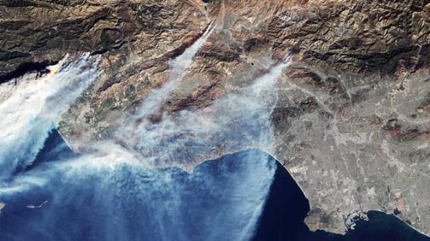 [TLMD - MIA] Así se ven los incendios en California desde el espacio