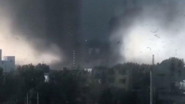 Monstruoso tornado deja muertos y cientos de heridos en China
