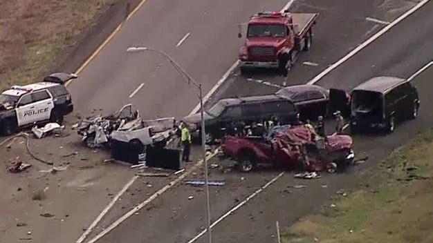 Tres personas sin vida tras choque en I-20 en Kaufman