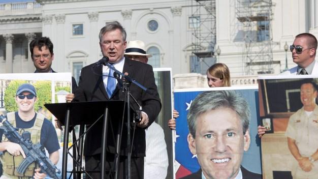 Excongresista pasará años en prisión por cuantioso fraude