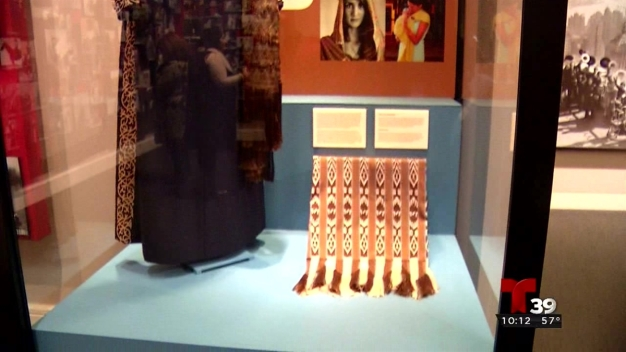 Exhibición del rebozo potosino en Fort Worth}