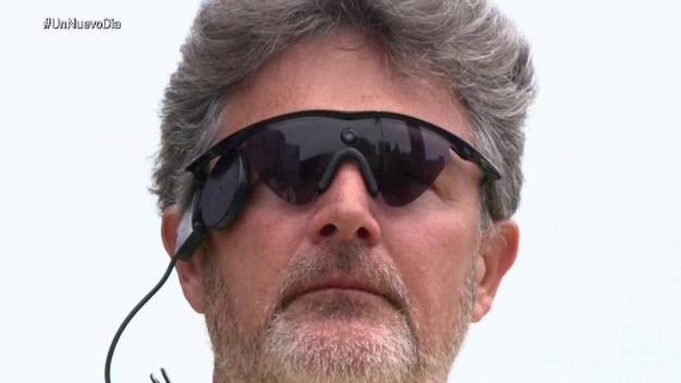 Hombre recupera la vista con ojo biónico