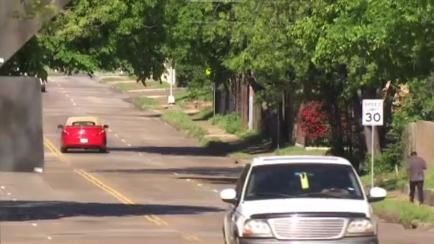 Residentes piden cambios tras niño atropellado en Dallas
