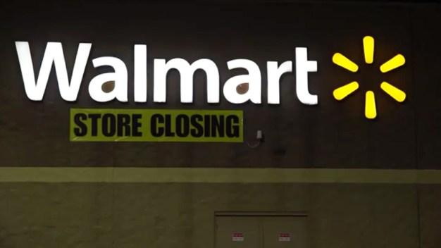 Anuncian cierre de tienda Walmart en Dallas