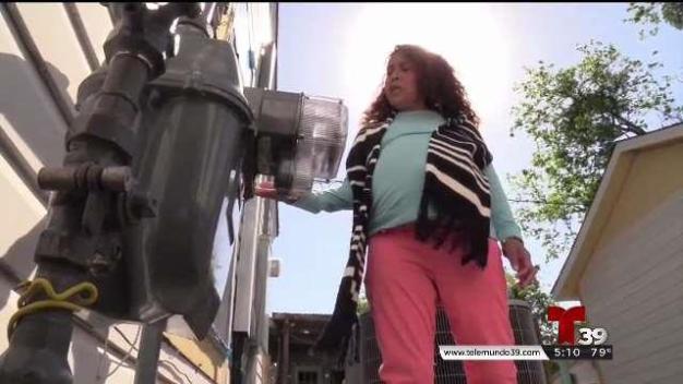 Residentes se quejan tras reparaciones de Atmos
