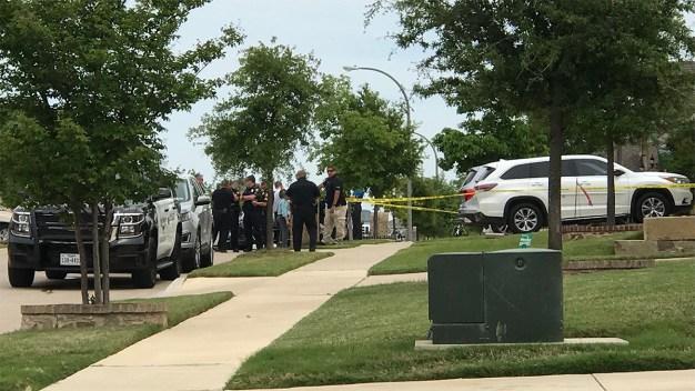 Hallan 4 cadáveres dentro de una casa en Fort Worth