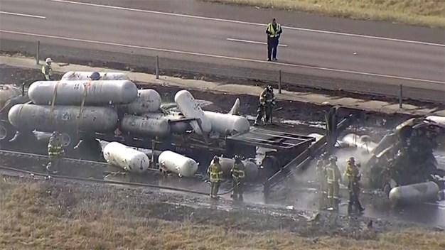 Identifican a víctimas de mortal accidente sobre I-35 en Denton