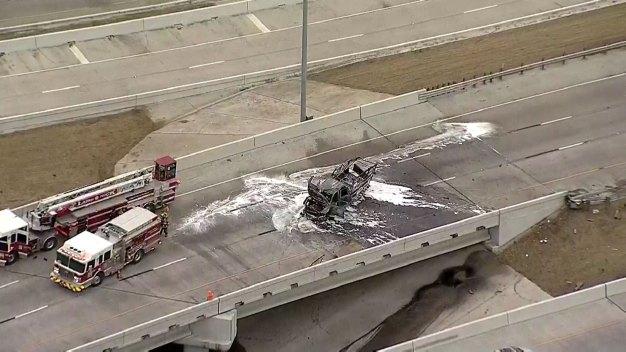 Accidente obliga a cierre de interestatal 30 en Dallas