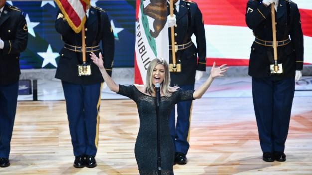 """Himno Nacional interpretado por Fergie """"es el peor de todos"""""""