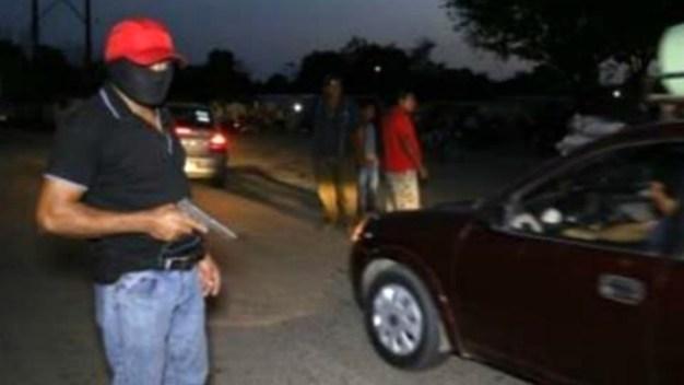 Familias crean grupo de autodefensas ante el crimen