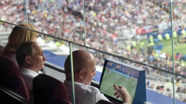 Trump felicita a Francia y a Putin por el Mundial 2018