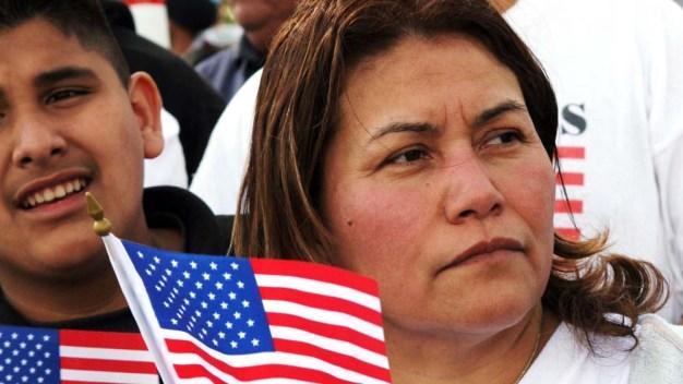 Inmigrantes obtienen una victoria contra ICE en NY