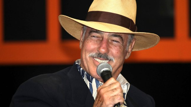 Andrés García dice sufrir severa parálisis