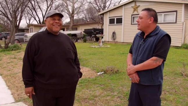 Contratista ayuda a personas estafadas en el norte de Texas