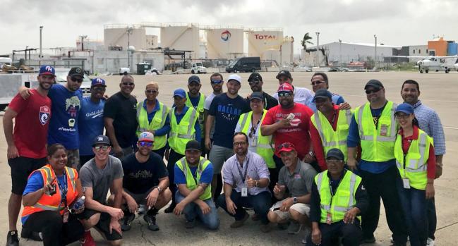 Barea llega con avión lleno de suministros a Puerto Rico
