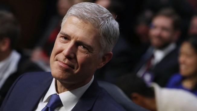 Gorsuch jura su cargo como nuevo juez del Tribunal Supremo estadounidense