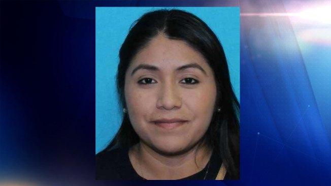 Encuentran a joven desaparecida al norte de Texas