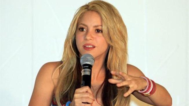 Shakira dona 15 millones de dólares para damnificados en Haití