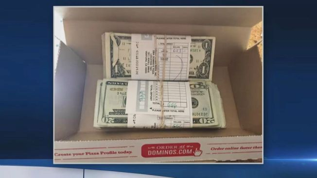 Intenso dilema al hallar efectivo en caja de pizza
