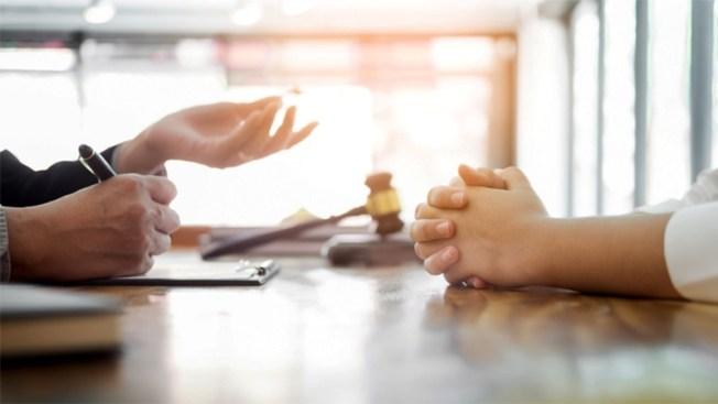 Clínicas de ayuda legal gratuita en Dallas