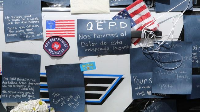 Lágrimas Azules por los policías asesinados en Dallas