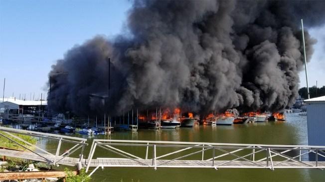 Incendio destruye varias embarcaciones en el Lago Texoma