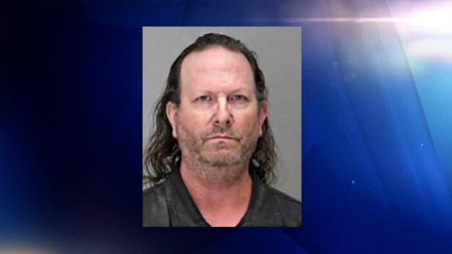 Arrestan a sospechoso de matar una mujer en Dallas