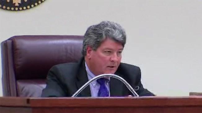 Carlos Vela hace justicia tras pena máxima y abre el marcador
