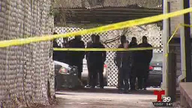 Policia: Agentes disparan a mujer que intentó atropellarlos