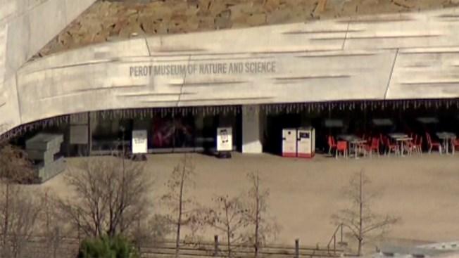Cierran Museo Perot en Dallas tras suicidio de empleado