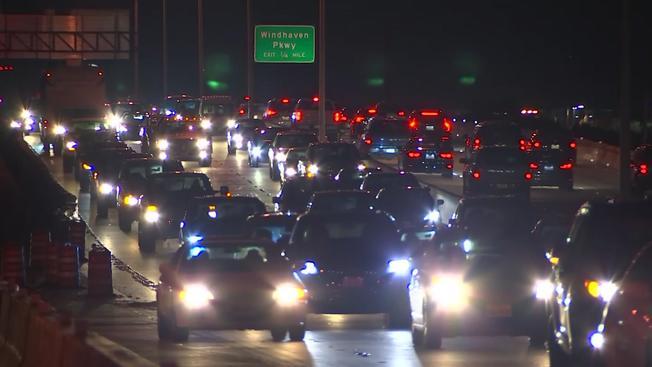 Predicen que 9.1 millones de texanos viajarán en diciembre