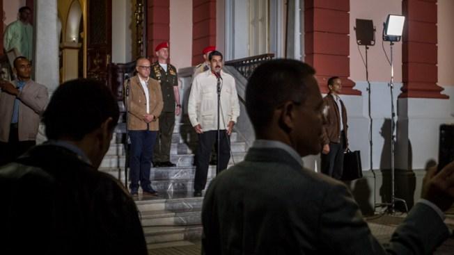 Gobierno y la oposición inician diálogo para solucionar crisis — VENEZUELA