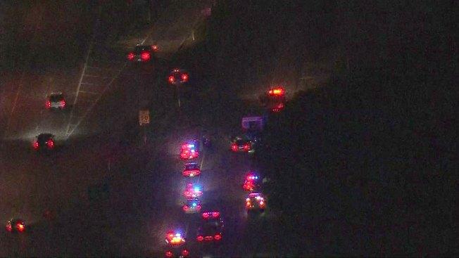 En Dallas: 3 heridos tras choque de un auto y una patrulla
