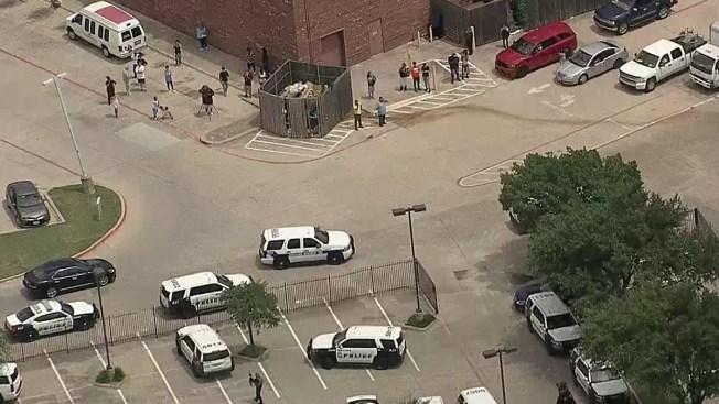 La policía evacúa un hotel en Dallas por un tiroteo — Estados Unidos