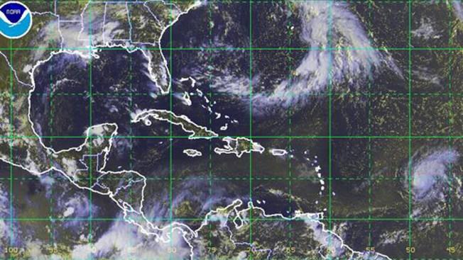 Huracán Danny se debilita a tormenta tropical