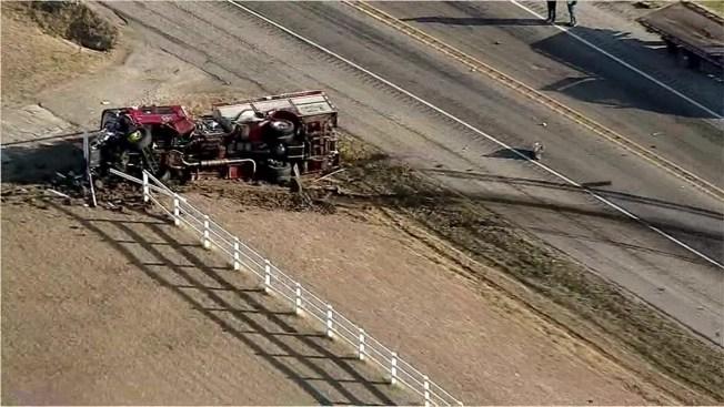 Choque de un camión de bomberos deja un muerto y heridos