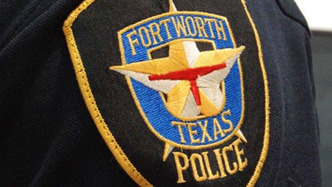 En Fort Worth: le dispara a sospechoso y la despiden