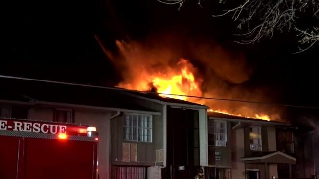 Incendio destruyó centro comunitario de Dallas