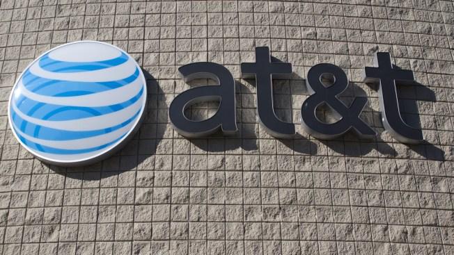 FCC planea multar a ATT por engaño al cliente