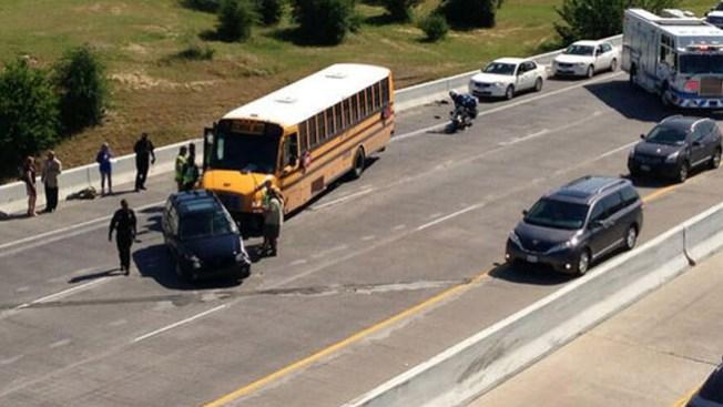 Accidente de autobús deja 7 heridos