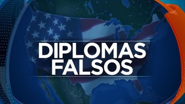 Diplomas de preparatoria falsos