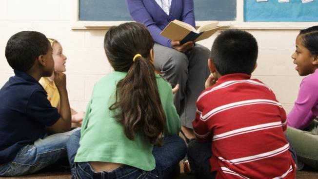 Buscan mejorar educación de minorías en Texas